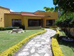Casa en Fracc Parque Sumiya, Cuernavaca.