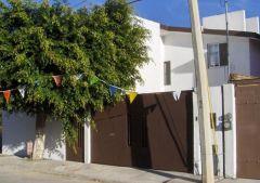 Casa en Fraccionamiento Jardines de Ahuatlan, Cuernavaca.
