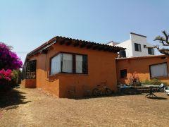Casa en Subida A Chalma, Cuernavaca.