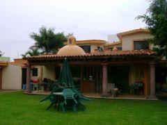 Casa en Fraccionamiento Parque Sumiya, Jiutepec.