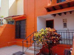 Casa en Lomas de Cortes, Cuernavaca.